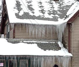 Ice_On_House